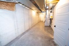 055_storage-in-basement